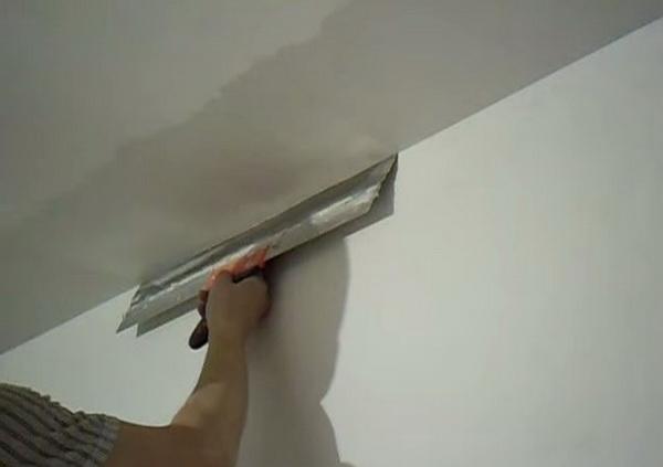 Шпаклевка потолка своими руками