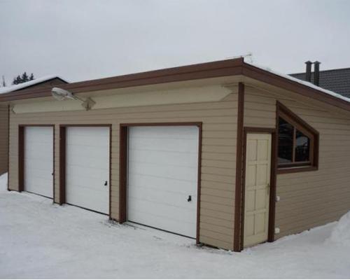 Односкатная крыша на гараж из профнастила своими руками