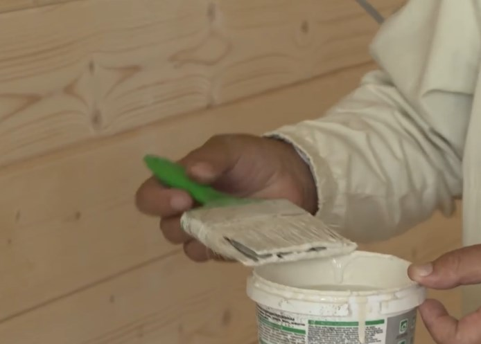 Чем покрасить вагонку внутри  дома