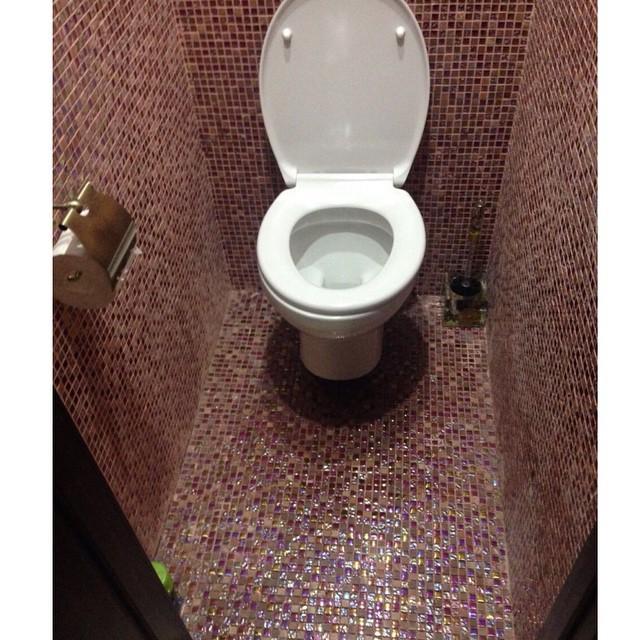 Плитка про туалета